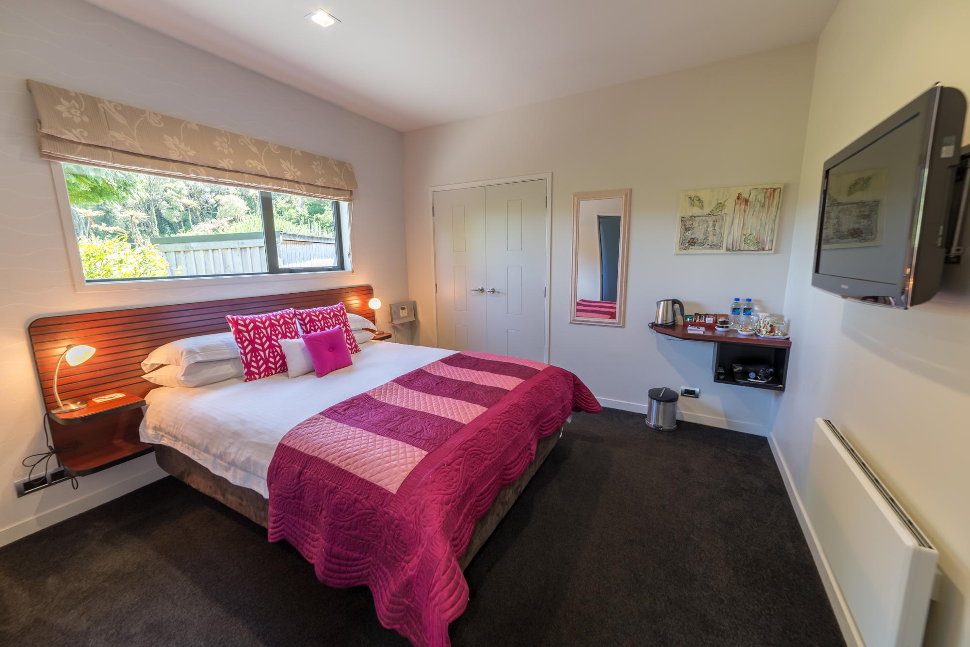 Kea room bedroom