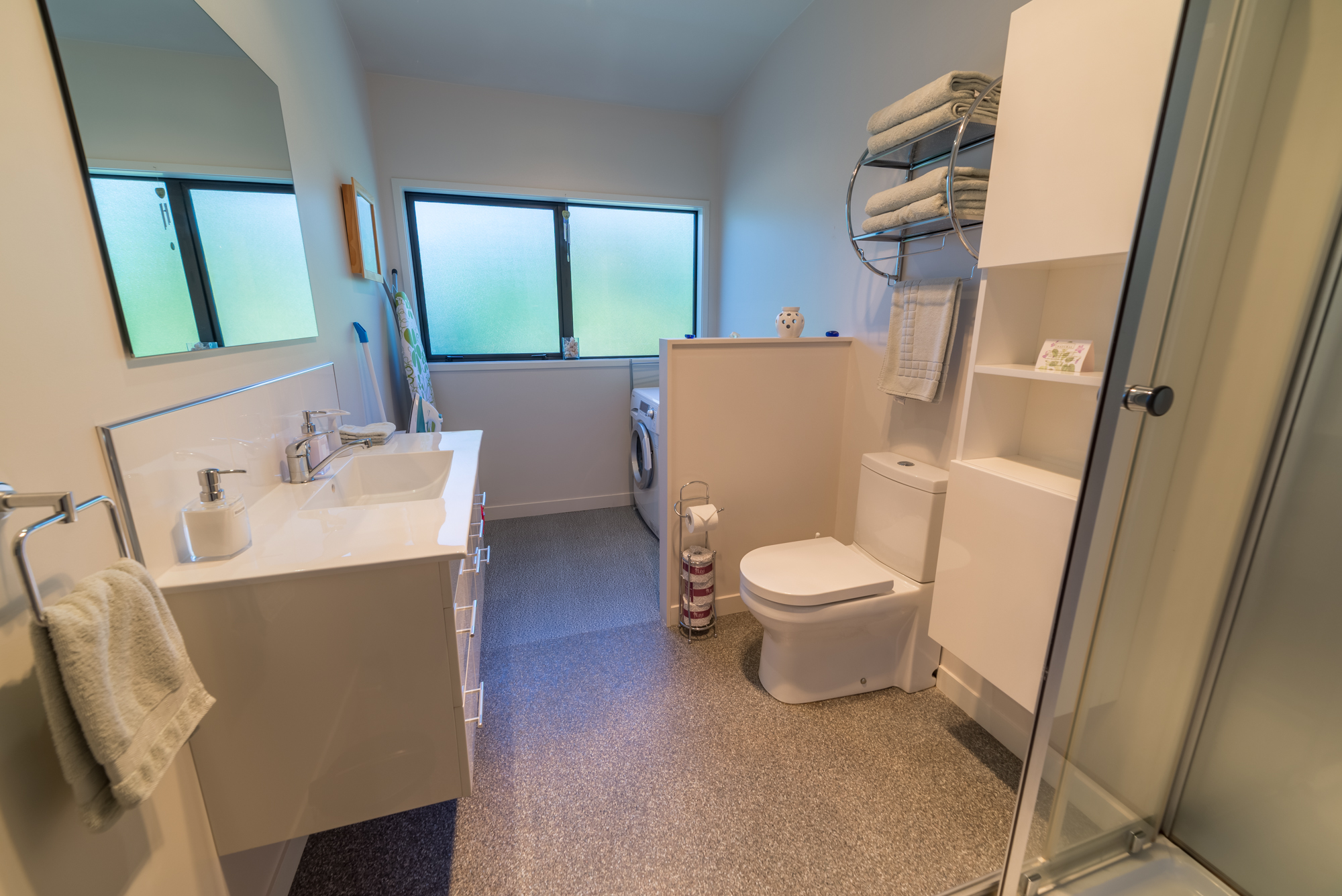 Apartment bathroom and laundry